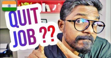 Should I Quit My Job to Start Blogging? #CareerAdvice #CareerTips #Blogging #Entrepreneurship