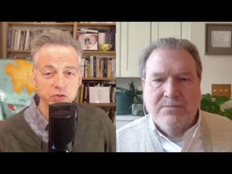 The Coming Economic Crisis   Robert Wright & Richard Vague [The Wright Show]