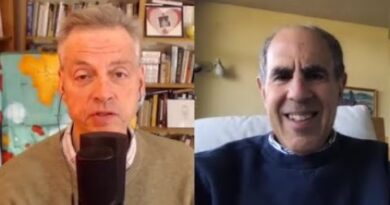 COVID-19 and Boomer Anxiety | Robert Wright & Mickey Kaus [The Wright Show]