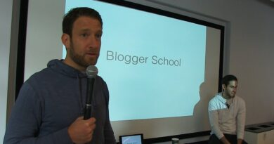 Dave Portnoy Takes His Employees to Blogging School - Stool Scenes 99 P2