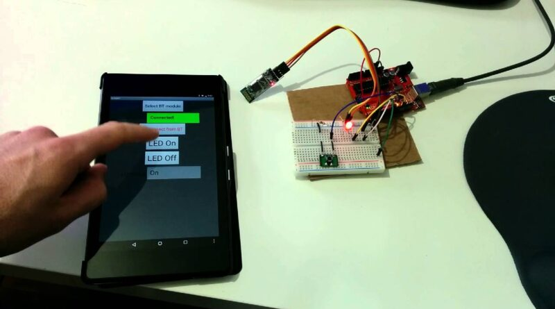 MIT App Inventor Bluetooth Tutorial Project - Arduino and Android Two-Way Communication